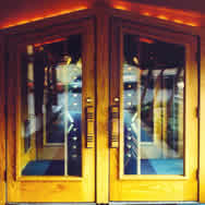 Extern door
